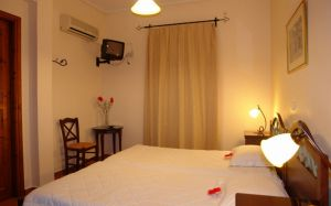 Double Room, Guesthouse Chrisso | Delphi | Parnassos | Arahova | Fokida| Greece